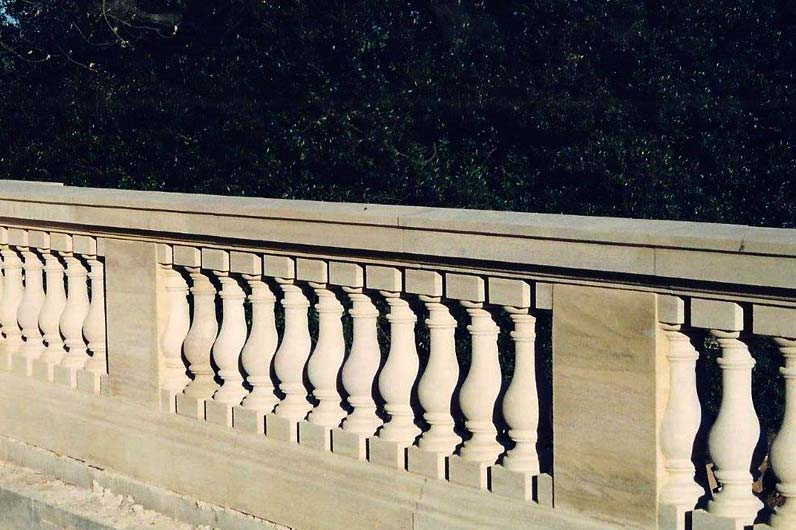 stone balustrading and limestone balustrading