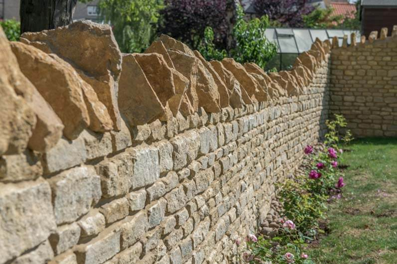 limestone wall capping