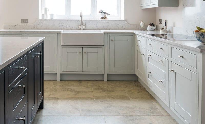 charlbury beige kitchen