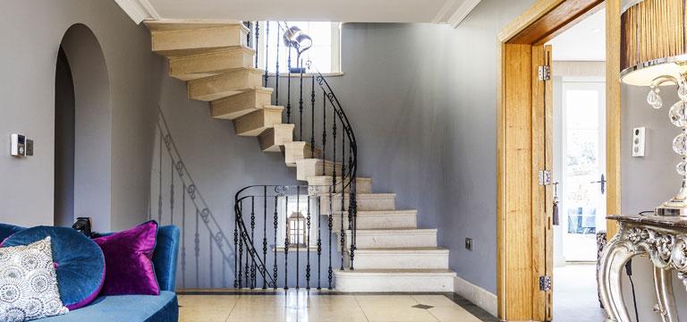 choosing bespoke stone staircases