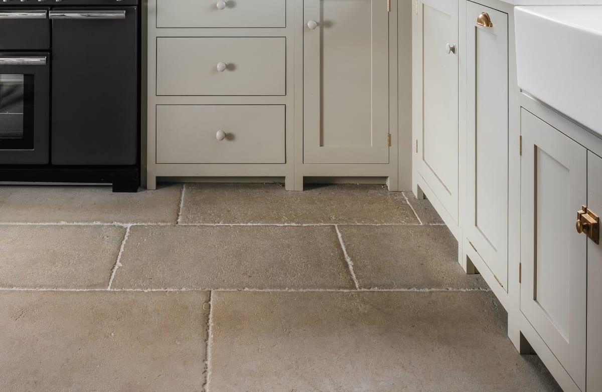 Natural Stone Flooring English Limestone Flooring At Ssah
